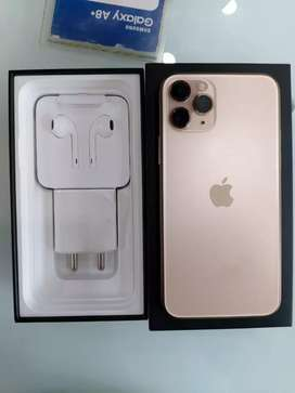 Iphone 11 pro max 64gb Gold colour Just 20 days old.
