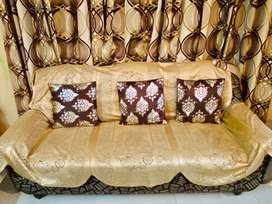 Sofa Set Well Maintain 3 Seater Sofa With Two Chairs Same Fabric