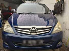 BARANG BAGUS MULUS  RECOMMEND TOYOTA INOVA V 2005 AUTOMATIC