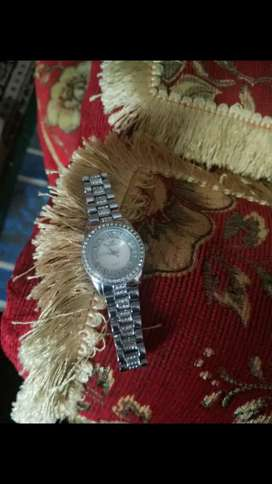 Jam tangan cewe no minus