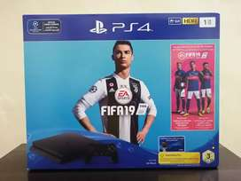 PS4 HDR 1 TB Sealed Packed  READY