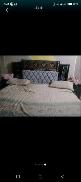 Bed room set without faom