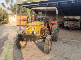 Tractor 5911 on sale