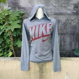 Nike long-sleeved / nike hoodie / sweater