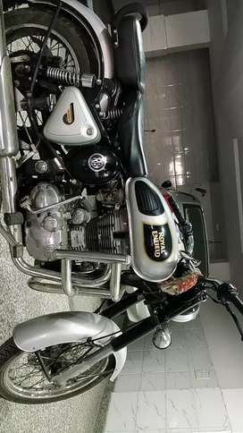 Royal Enfield Bullet Classic 350 (Silver, Less driven, New condition)