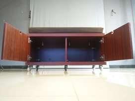 Studio moving bench