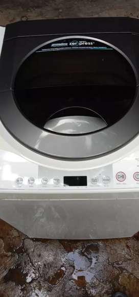 mesin cuci Polytron otomatis kapasitas 8,5 kg