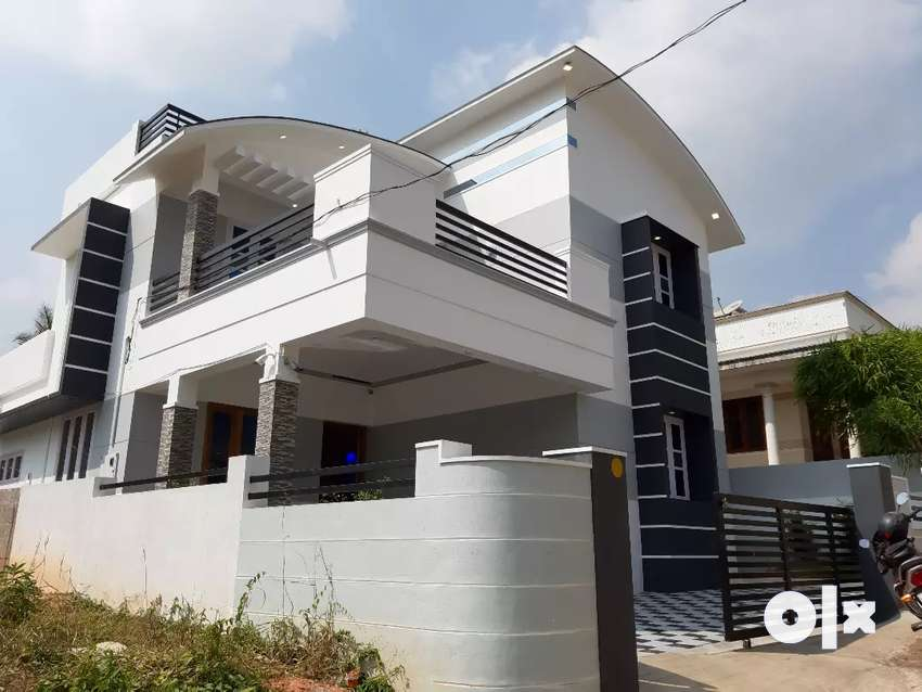 4.5 cent red brick 3 bhk new style house in sreekariyam chempazhathy 0
