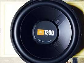 JBL 12inches 1200watts orignal imported subwoofer,heavy subwoofer.