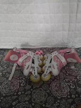 Jual sepatu roda bekas merek Cougar
