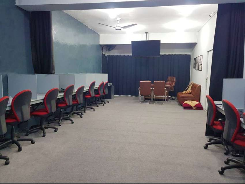 co working space & Shared office workspace Office for rent call center 0