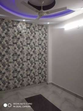2bhk flat 18.5 lac with car parking with lift near Metro Station