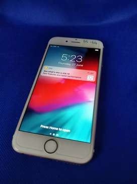 Apple iPhone 6s 64gib clean condition