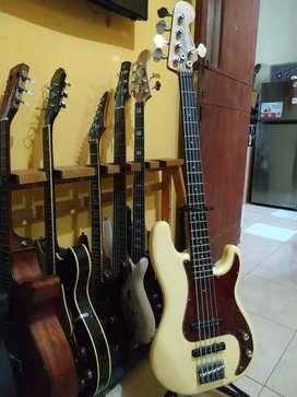 Gitar bass fender 5 string