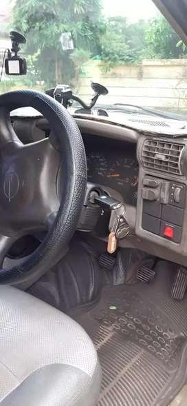 Opel blazer tahun 2000