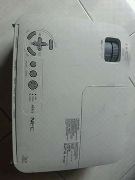 projector proyektor NEC np110
