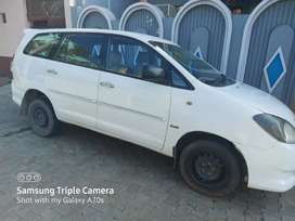 Toyota Innova 2011 Diesel approx400000 good condition, in meerut