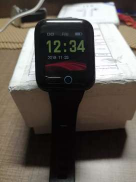 Lefun smart watch with continous heart rate monitor and step counter