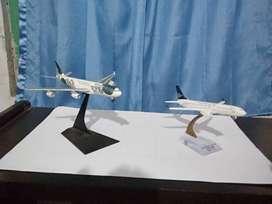 diecast pesawat komersial
