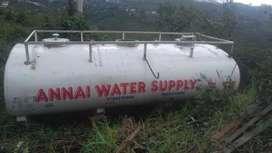 Lorry water tank