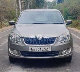 Skoda Rapid Ultima Elegance 1.6 MPI Manual, 2012, Petrol