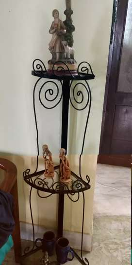 Iron corners on sale  for home decor Negotiable