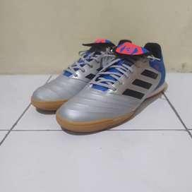 Sepatu Futsal Adidas Copa Tango 18.3