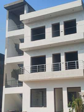 AMAZING 3BHK FLOORS IN AFFORDABLE PRICE SEC116 MOHALI