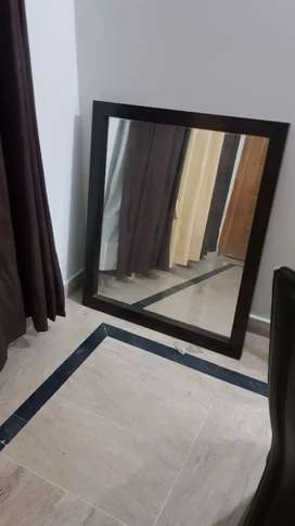 Dressing mirror with draw in good condition