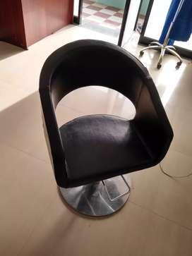 Saloon hair cut   chairs