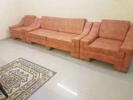 Comfortpable  5 seater sofaset