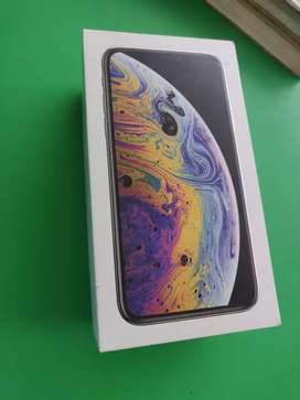 Want to sell my iPhone XS 64GB with bill box and accessories