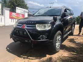 Pajero exceed mobil biang