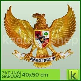 Patung Burung Garuda Pancasila (40x50 cm)