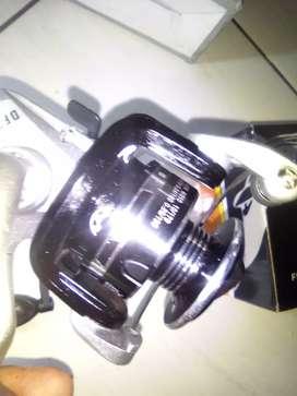 Reel pancing merk Daido Fino Max Spin tipe DF250.