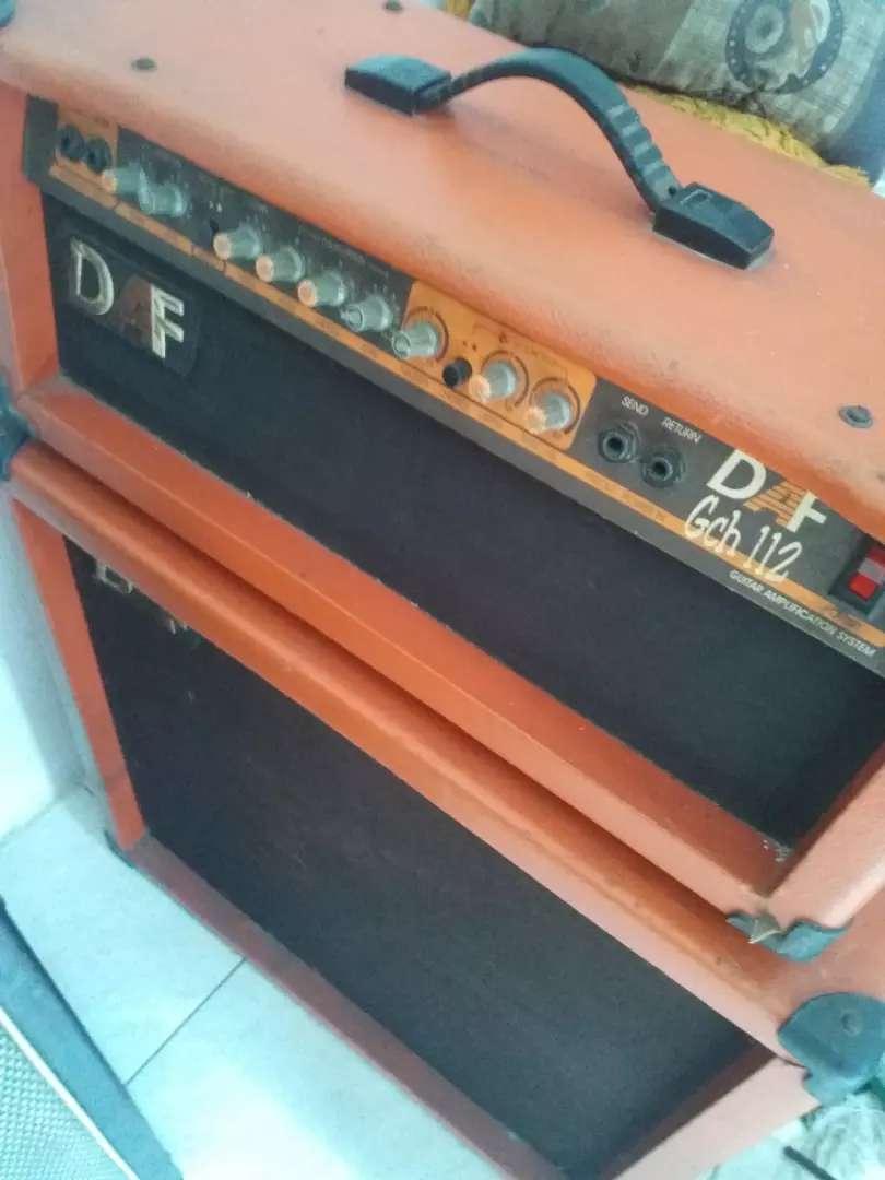 Amplifier DAF gitar 0