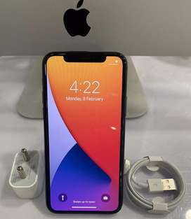 Apple iPhone 11 pro 64 GB, triple cameras, well maintained condition.