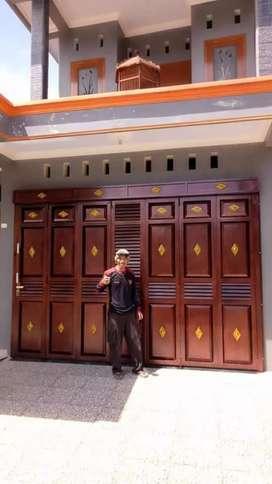 Pintu Henderson berkualitas