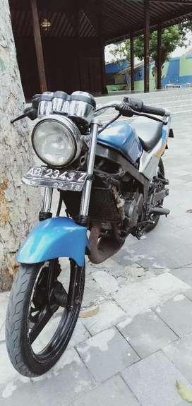 Kawasaki ninja th 2001