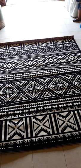 Karpet tebal monochrome uk 160x210