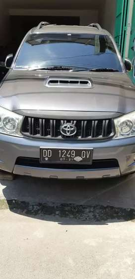 Toyota fortuner V 2009 4x4 bensin matic ori mls luar dlm