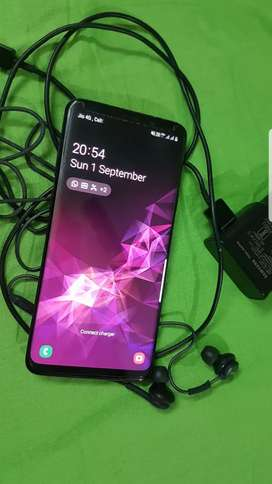 Samsung galaxy S9 plus 256GB. Excellent condition,  Bill box available