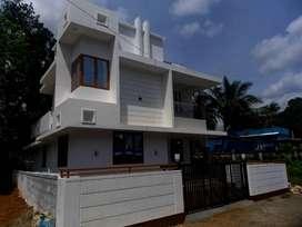Modern 1700 sqft/ 3 bedroom/4 cent/53 lakh/Kolazhy Thrissur.