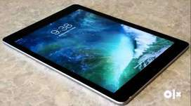 Apple iPad 9.7 inch 32GB,  Wi-Fi model, TouchID(Brand new condition)