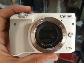 Canon Eos M3 Like New ex Datascript MURAH!!!
