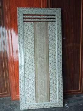 Bathroom doors new at very reasonable price