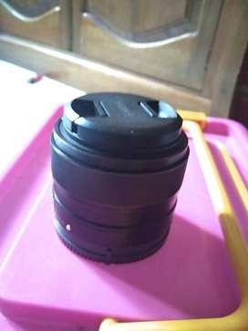 Lensa sony 35mm F1.8
