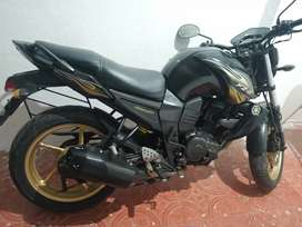 Yamaha FZ single owner well maintained service done very good mileage