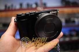 Kamera Mirrorless Nikon J5 Lensa 10-30mm Af Fullset Black