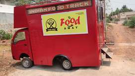 Food master chef in food truck